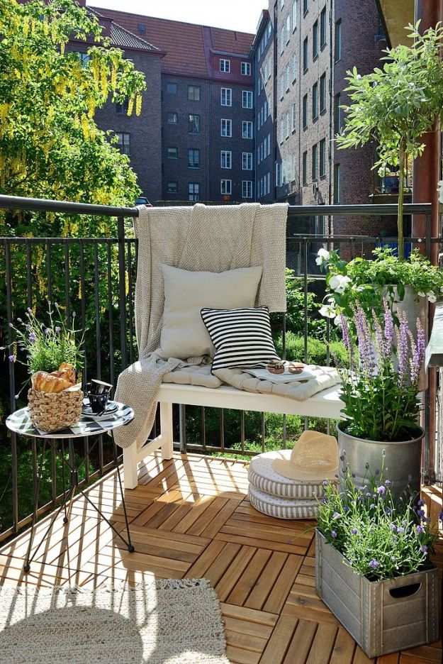 GorgeousApartmentPorchDesignInspiration